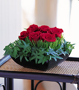 Online Bursa çiçekçi  10 adet kare mika yada cam vazoda gül tanzim