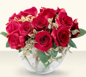 Bursa çiçekçiler orhaneli çiçekçiler  mika yada cam içerisinde 10 gül - sevenler için ideal seçim -