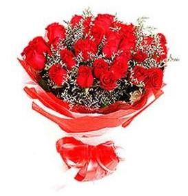 Bursa çiçek mustafa kemal paşa çiçek siparişi sitesi  12 adet kırmızı güllerden görsel buket