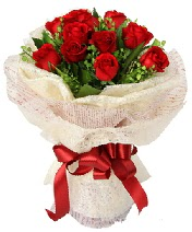 12 adet kırmızı gül buketi  Çiçekçi Bursa sitesi nilüfer çiçek siparişi vermek