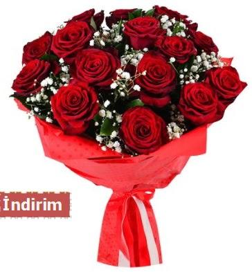 12 Adet kırmızı aşk gülleri  Bursa çiçekçi inegöl kaliteli taze ve ucuz çiçekler