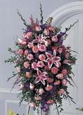 Bursa çiçek satışı iznik hediye sevgilime hediye çiçek  ferforje tanzim kazablankadan