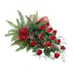 Çiçekçi Bursa sitesi orhangazi çiçek satışı  10 adet kirmizi gül özel buket çiçek siparisi