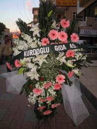 kazablanka,gerbera,sebboy ferforje  Bursa çiçek siparişi