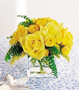 Bursa çiçek ucuz çiçek gönder  cam içerisinde 12 adet sari gül