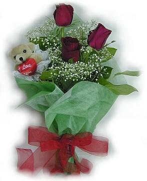 3 adet gül ve küçük ayicik buketi  Bursadaki çiçekçiler bursaya çiçek yolla