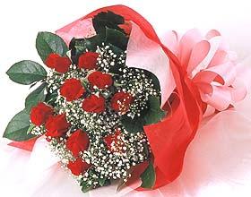 12 adet kirmizi gül buketi  Bursadaki çiçekçiler bursaya çiçek yolla