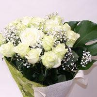 Bursa çiçek satışı Bursa çiçek yolla   11 adet sade beyaz gül buketi