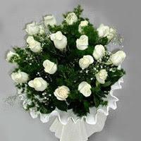 Bursa çiçek satışı Bursa çiçek yolla   11 adet beyaz gül buketi ve bembeyaz amnbalaj