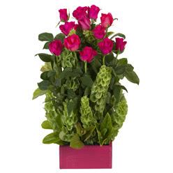 12 adet kirmizi gül aranjmani  Bursa çiçek mustafa kemal paşa çiçek siparişi sitesi