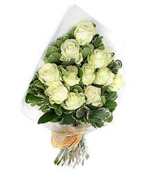 Bursa çiçek siparişi inegöl çiçek servisi , çiçekçi adresleri  12 li beyaz gül buketi.