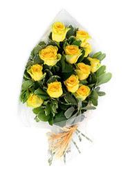 Bursa çiçek kestel uluslararası çiçek gönderme  12 li sari gül buketi.