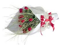 Bursa çiçek karacabey çiçekçi telefonları  11 adet kirmizi gül buketi