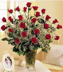 Bursa çiçek büyük orhan yurtiçi ve yurtdışı çiçek siparişi  özel günler için 12 adet kirmizi gül