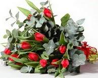 Bursa çiçekçi inegöl kaliteli taze ve ucuz çiçekler  11 adet kirmizi gül buketi özel günler için