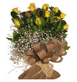 Bursa çiçek satışı iznik hediye sevgilime hediye çiçek  9 adet sari gül buketi
