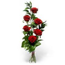 Online Bursa çiçekçi  cam yada mika vazo içerisinde 6 adet kirmizi gül