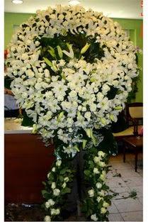 Cenaze çelenk , cenaze çiçekleri , çelengi  Bursa çiçekçi inegöl kaliteli taze ve ucuz çiçekler