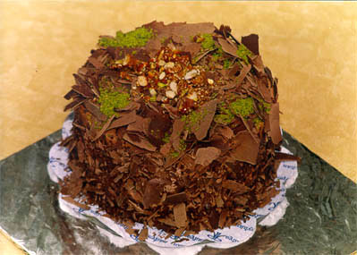Çikolatali 4 ila 6 kisilik yas pasta  Çiçekçi Bursa sitesi nilüfer anneler günü çiçek yolla