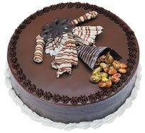Çikolatali yas pasta 4 ile 6 kisilik  leziz  Bursa çiçek mustafa kemal paşa çiçek siparişi sitesi