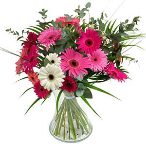 15 adet gerbera ve vazo çiçek tanzimi  Çiçekçi Bursa sitesi orhangazi çiçek satışı