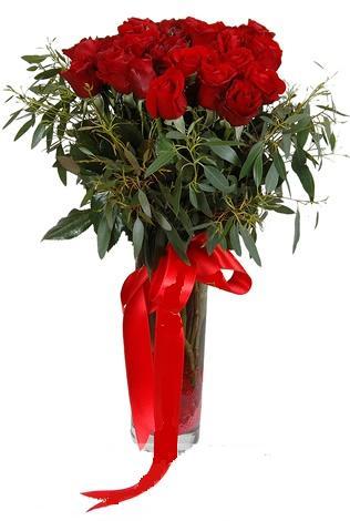 15 adet kirmizi gül cam vazo içerisinde  Bursa çiçek siparişi