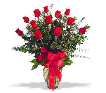 çiçek siparisi 11 adet kirmizi gül cam vazo  Çiçekçi Bursa sitesi orhangazi çiçek satışı