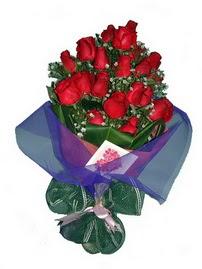 12 adet kirmizi gül buketi  Çiçekçi Bursa sitesi orhangazi çiçek satışı