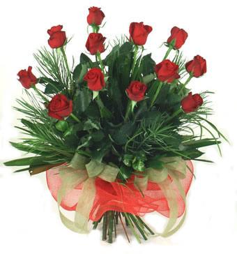 Çiçek yolla 12 adet kirmizi gül buketi  Bursa çiçek kestel uluslararası çiçek gönderme