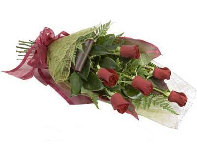 ucuz çiçek siparisi 6 adet kirmizi gül buket  Online Bursa çiçekçi