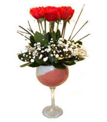 Çiçekçi bursa çiçek firması  cam kadeh içinde 7 adet kirmizi gül çiçek