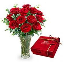Bursa çiçek siparişi  10 adet cam yada mika vazoda gül çikolata