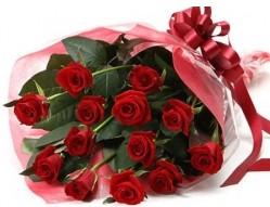 Çiçekçi Bursa sitesi nilüfer çiçek siparişi vermek  10 adet kipkirmizi güllerden buket tanzimi