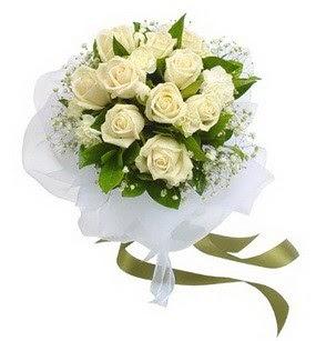 Bursa çiçek siparişi inegöl çiçek servisi , çiçekçi adresleri  11 adet benbeyaz güllerden buket