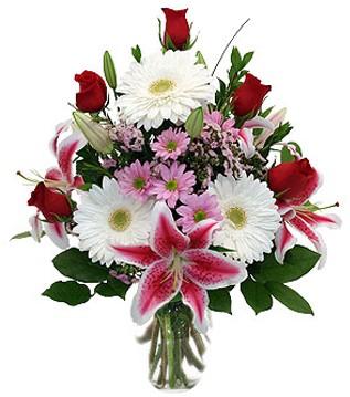 Bursa çiçek mustafa kemal paşa çiçek siparişi sitesi  1 dal kazablanka 5 gül ve kırçiçeği vazosu