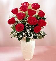 Bursa çiçek siparişi  9 adet vazoda özel tanzim kirmizi gül