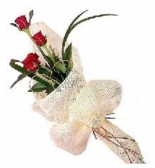 3 adet kırmızı gül buketi  Bursa çiçek kestel uluslararası çiçek gönderme