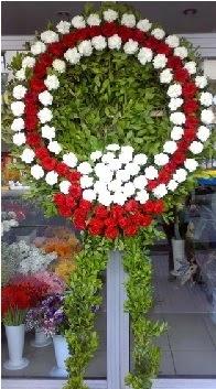 Cenaze çelenk çiçeği modeli  Çiçekçi Bursa sitesi nilüfer çiçek siparişi vermek