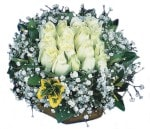 Çiçekçi bursa çiçek firması  Beyaz harika bir gül sepeti