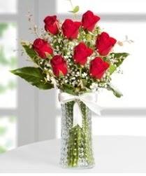 7 Adet vazoda kırmızı gül sevgiliye özel  Online Bursa çiçekçi