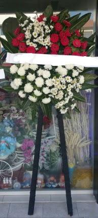 Cenaze çiçeği cenaze çiçek modelleri  Online Bursa çiçekçi