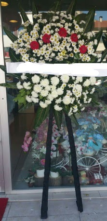 Cenaze çiçeği cenaze çiçek modelleri  Bursa çiçek iznik çiçek online çiçek siparişi