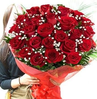 Kız isteme çiçeği buketi 33 adet kırmızı gül  Çiçekçi Bursa sitesi nilüfer anneler günü çiçek yolla