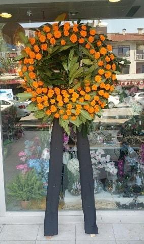 Cenaze çiçeği cenaze çelengi çiçek modeli  Bursa çiçek iznik çiçek online çiçek siparişi