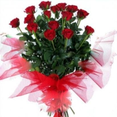 15 adet kırmızı gül buketi  Bursadaki çiçekçiler bursaya çiçek yolla